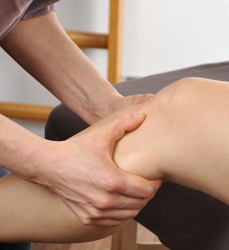 Manuelle Therapie am Knie